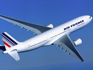ap_air_france_airbus_a330_thg_120606_mn